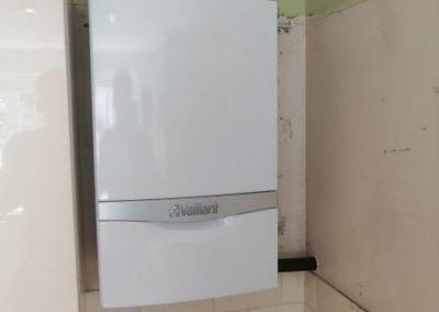 Vaillant Eco-tec Plus regular gas boiler installation (10 year warranty)